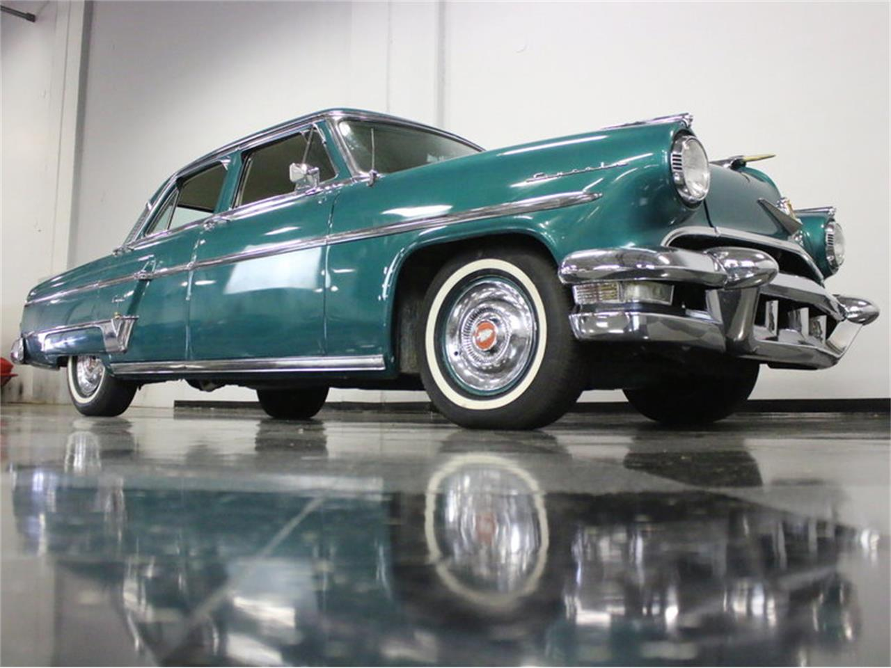 Large Picture of Classic 1954 Lincoln Capri located in Ft Worth Texas - $13,995.00 Offered by Streetside Classics - Dallas / Fort Worth - KKSU
