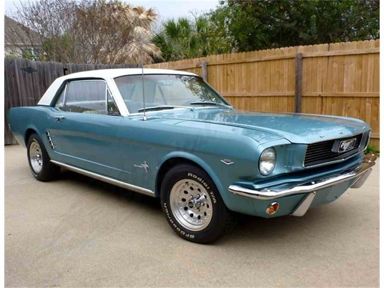 Large Picture of '66 Mustang - KQWD