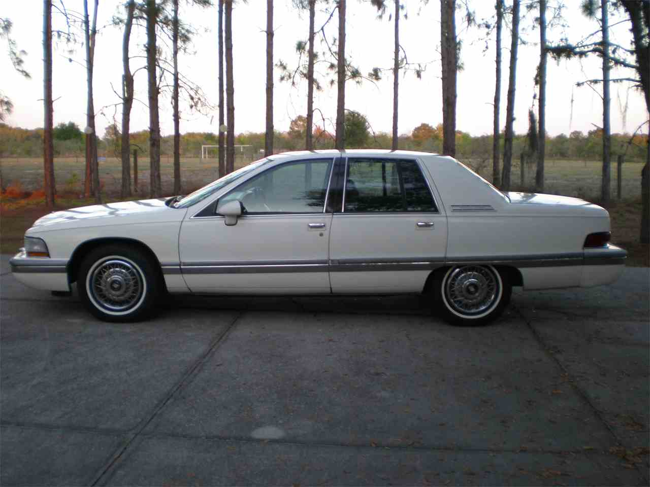 1992 buick roadmaster for sale cc 968392. Black Bedroom Furniture Sets. Home Design Ideas