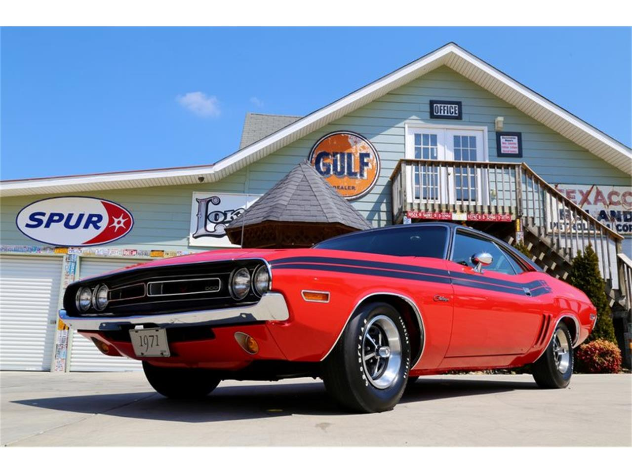 Large Picture of '71 Challenger R/T - KS3D
