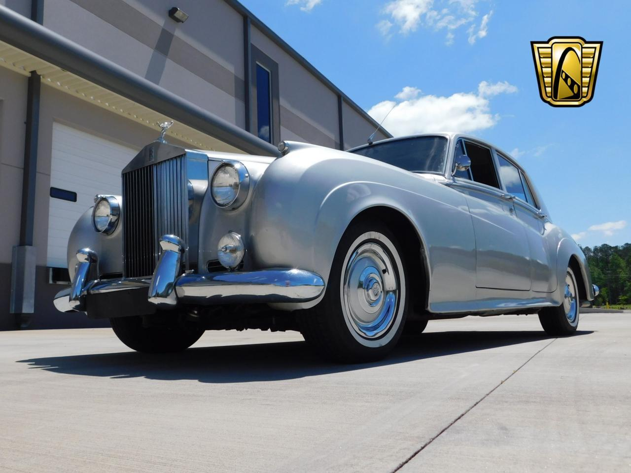 Large Picture of '59 Silver Cloud - KTAV