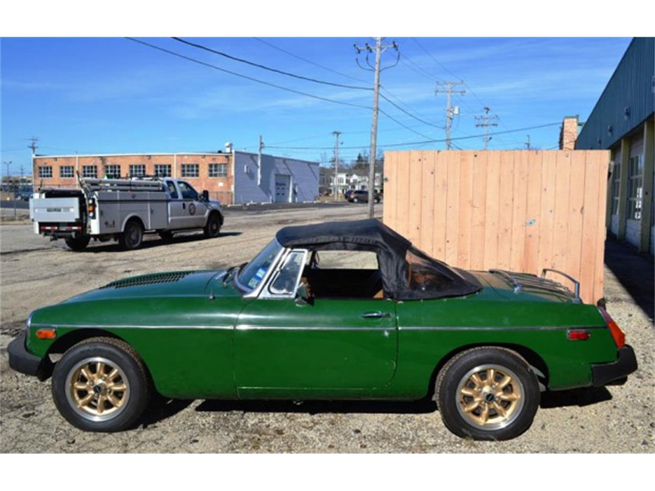 Large Picture of '78 MGB - KTOO