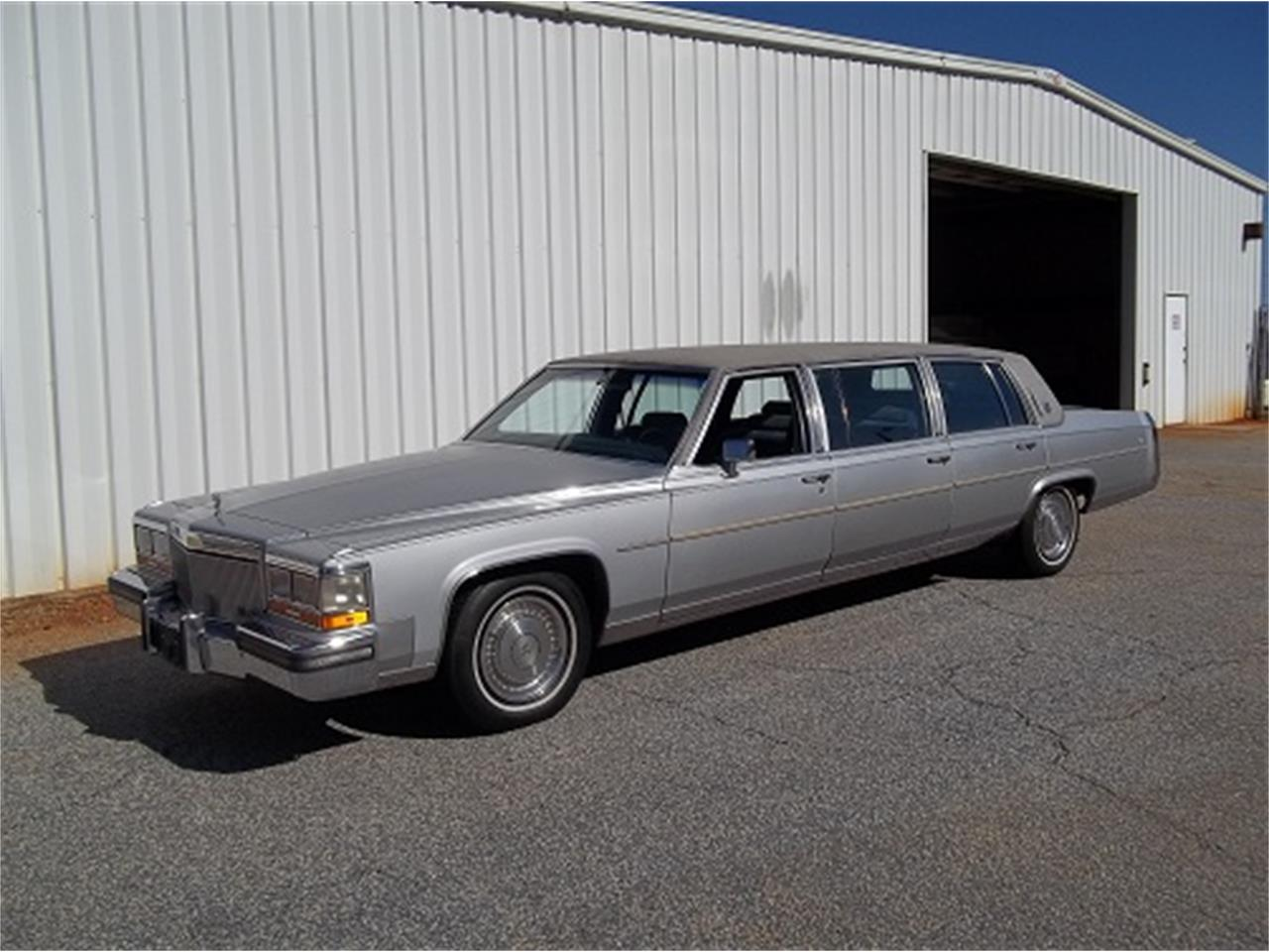 Large Picture of '89 Limousine - KUC7
