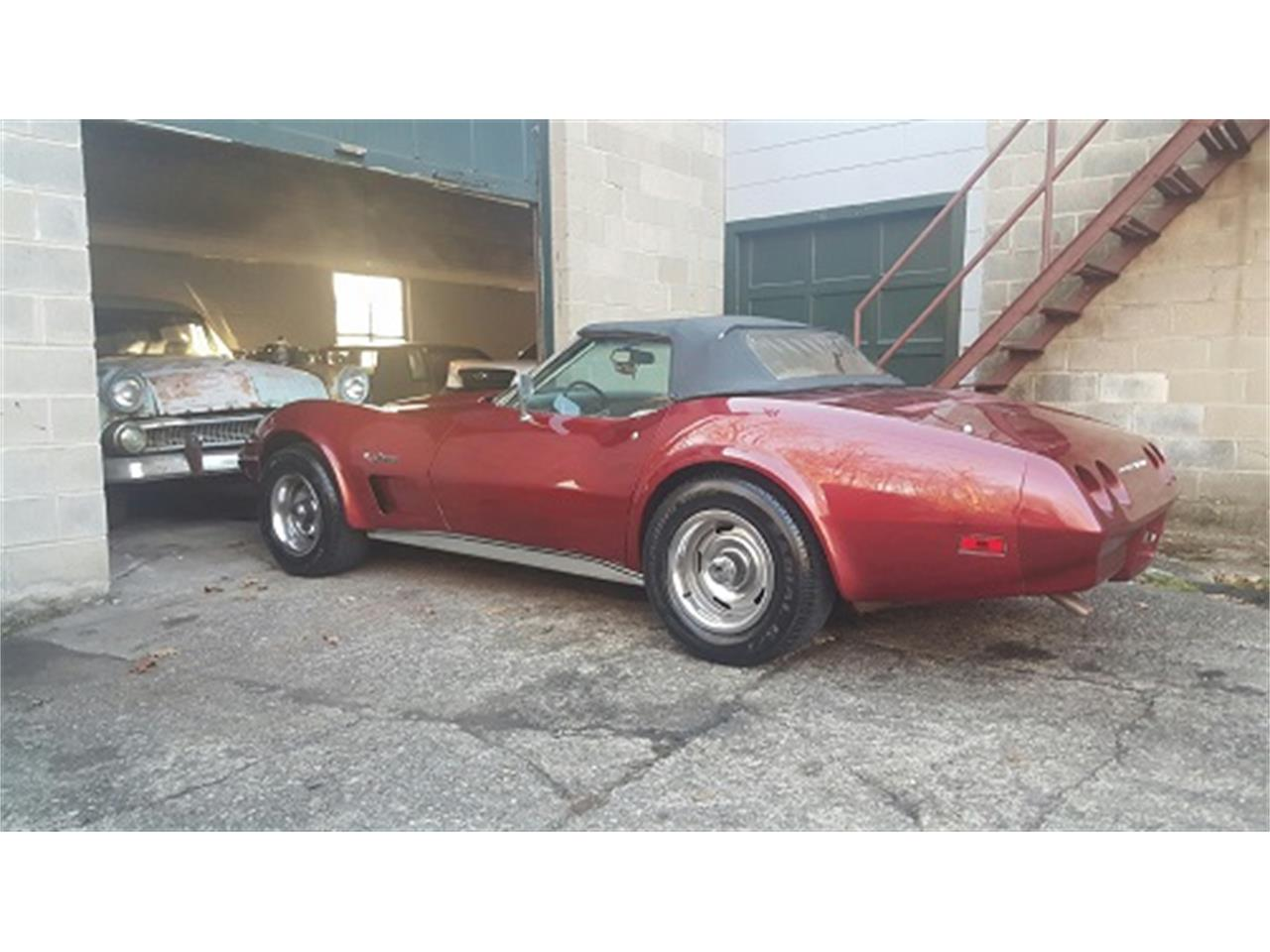 Large Picture of '74 Corvette - KUCM