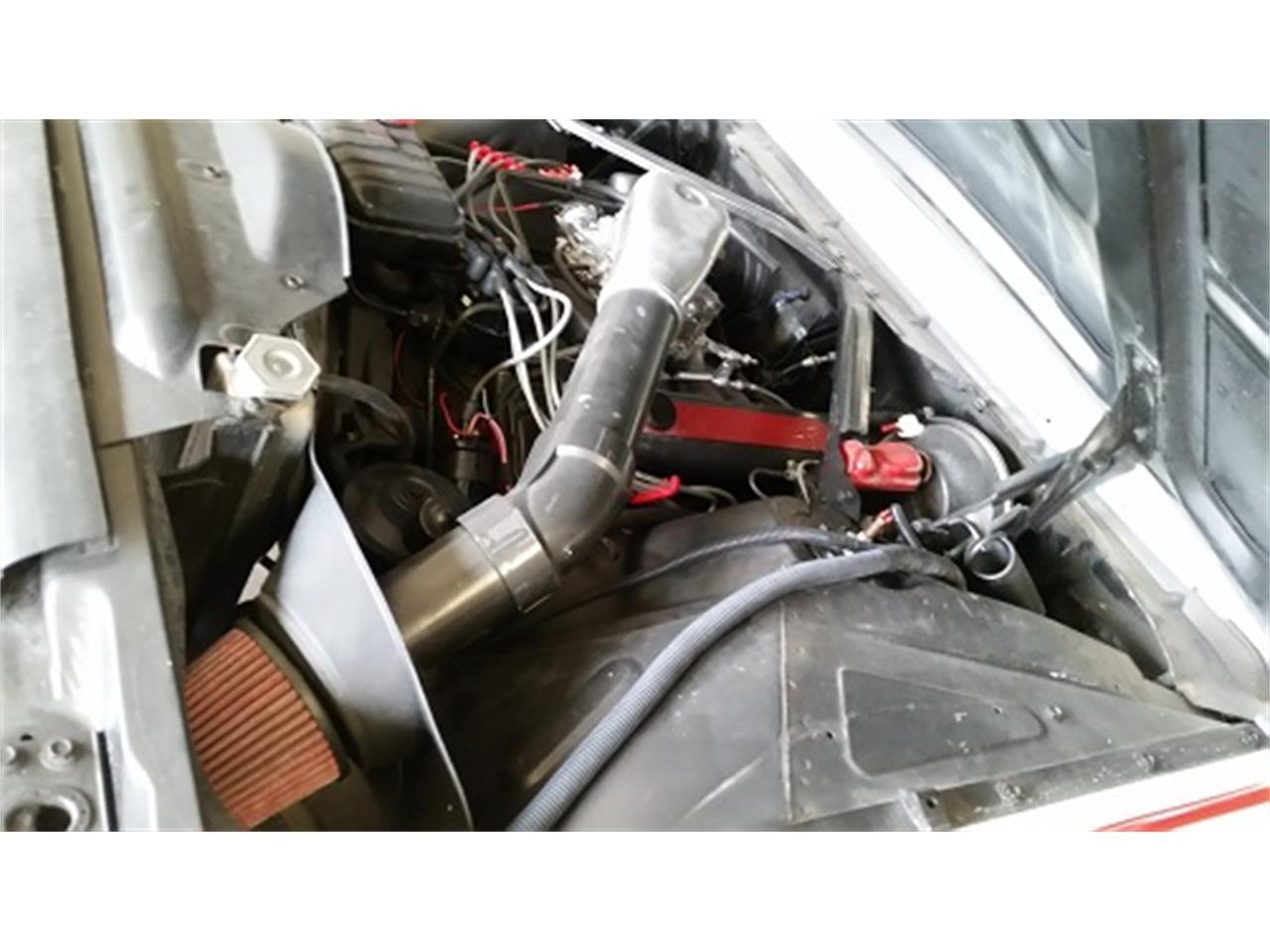 Large Picture of '62 Thunderbird - KUCN