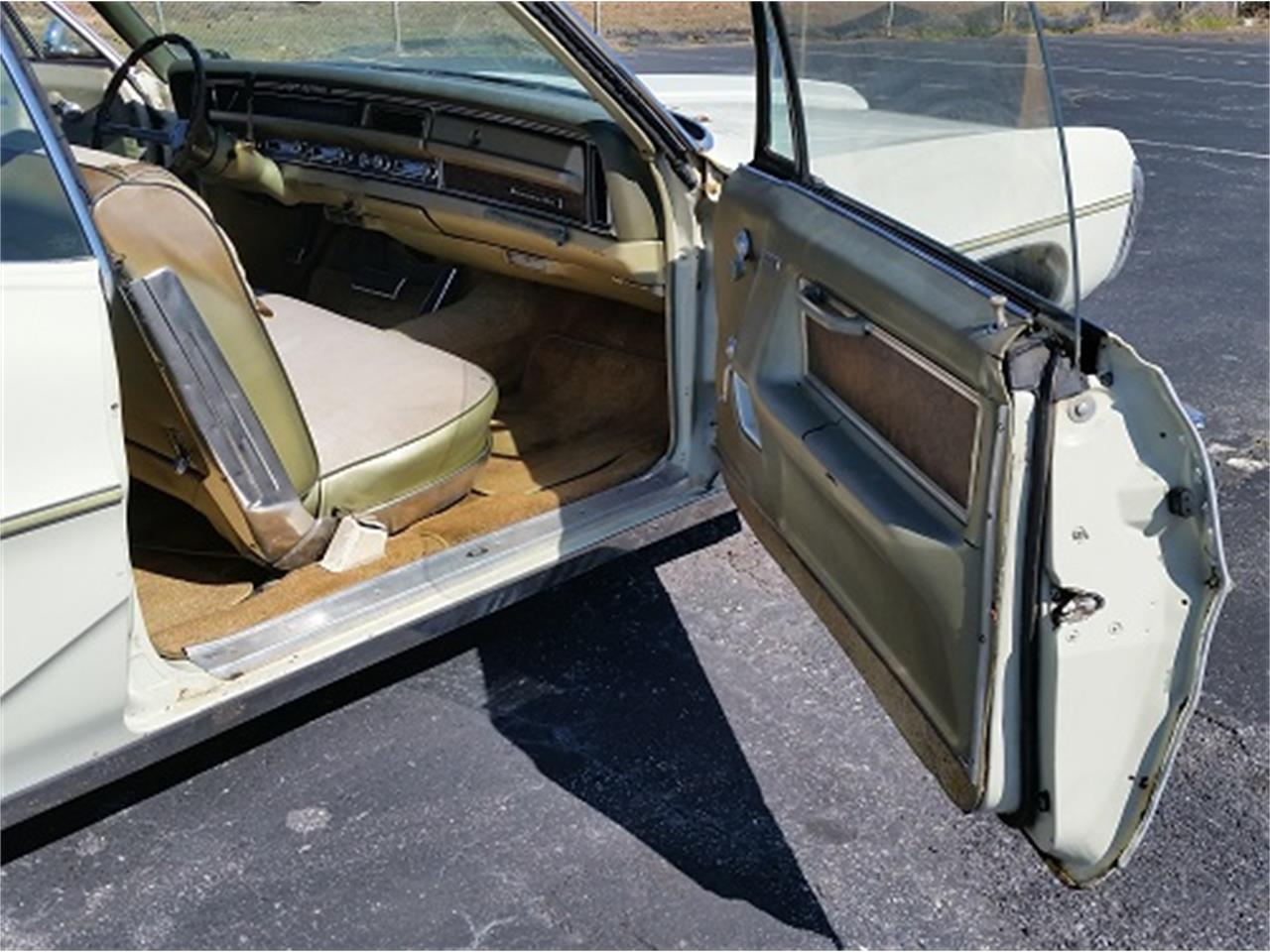 Large Picture of '68 Pontiac Bonneville Offered by Dream Cars of the Carolinas - KUD2