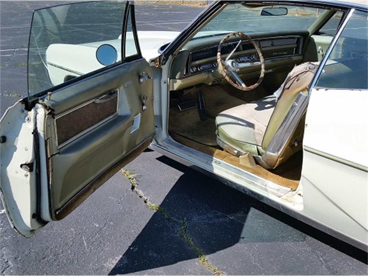 Large Picture of '68 Pontiac Bonneville located in Simpsonsville South Carolina - $6,990.00 - KUD2