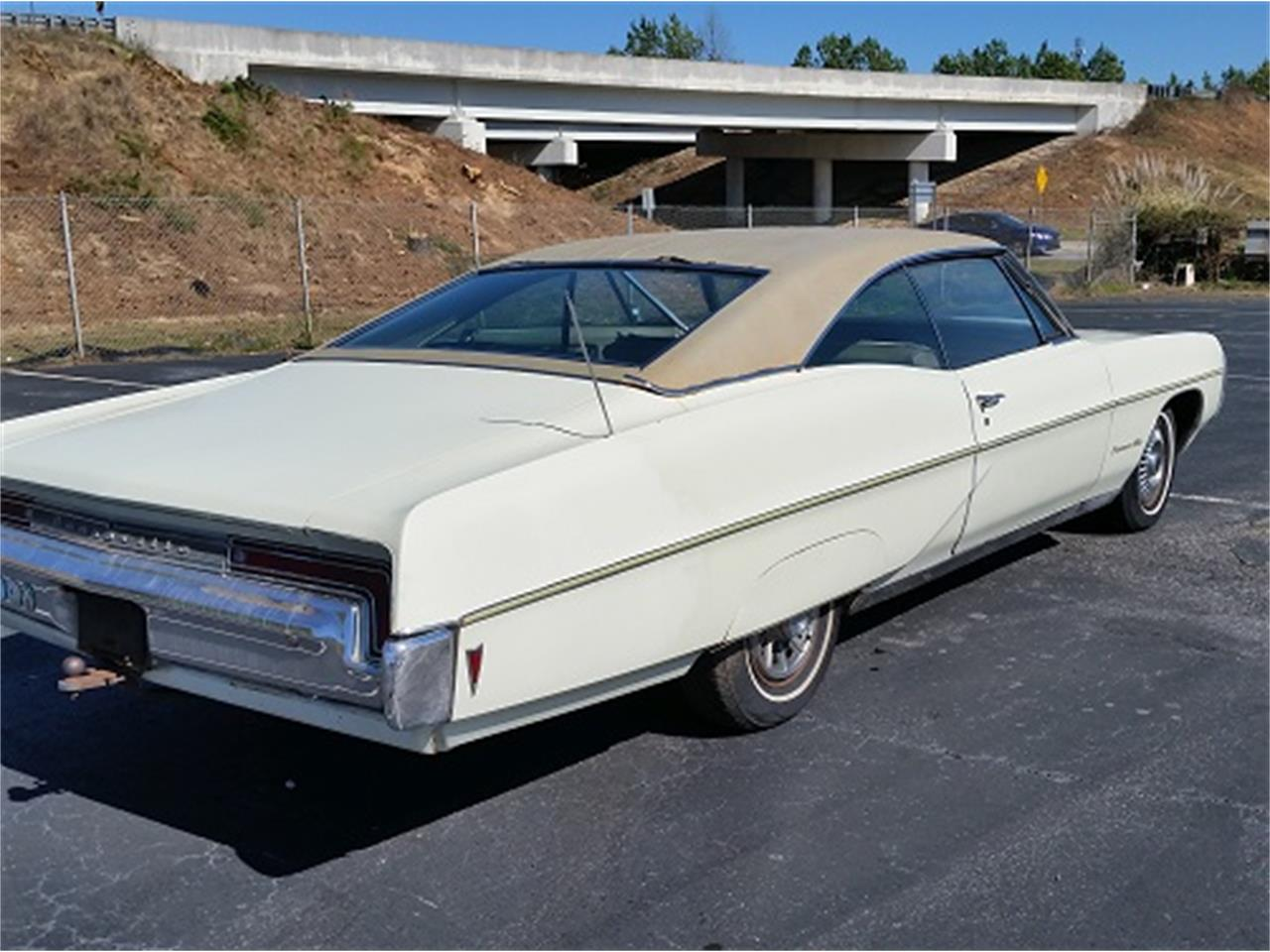 Large Picture of 1968 Pontiac Bonneville located in South Carolina - $6,990.00 Offered by Dream Cars of the Carolinas - KUD2
