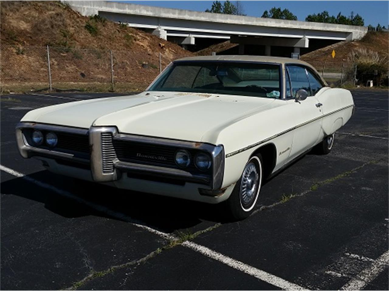 Large Picture of '68 Bonneville located in South Carolina - $6,990.00 Offered by Dream Cars of the Carolinas - KUD2
