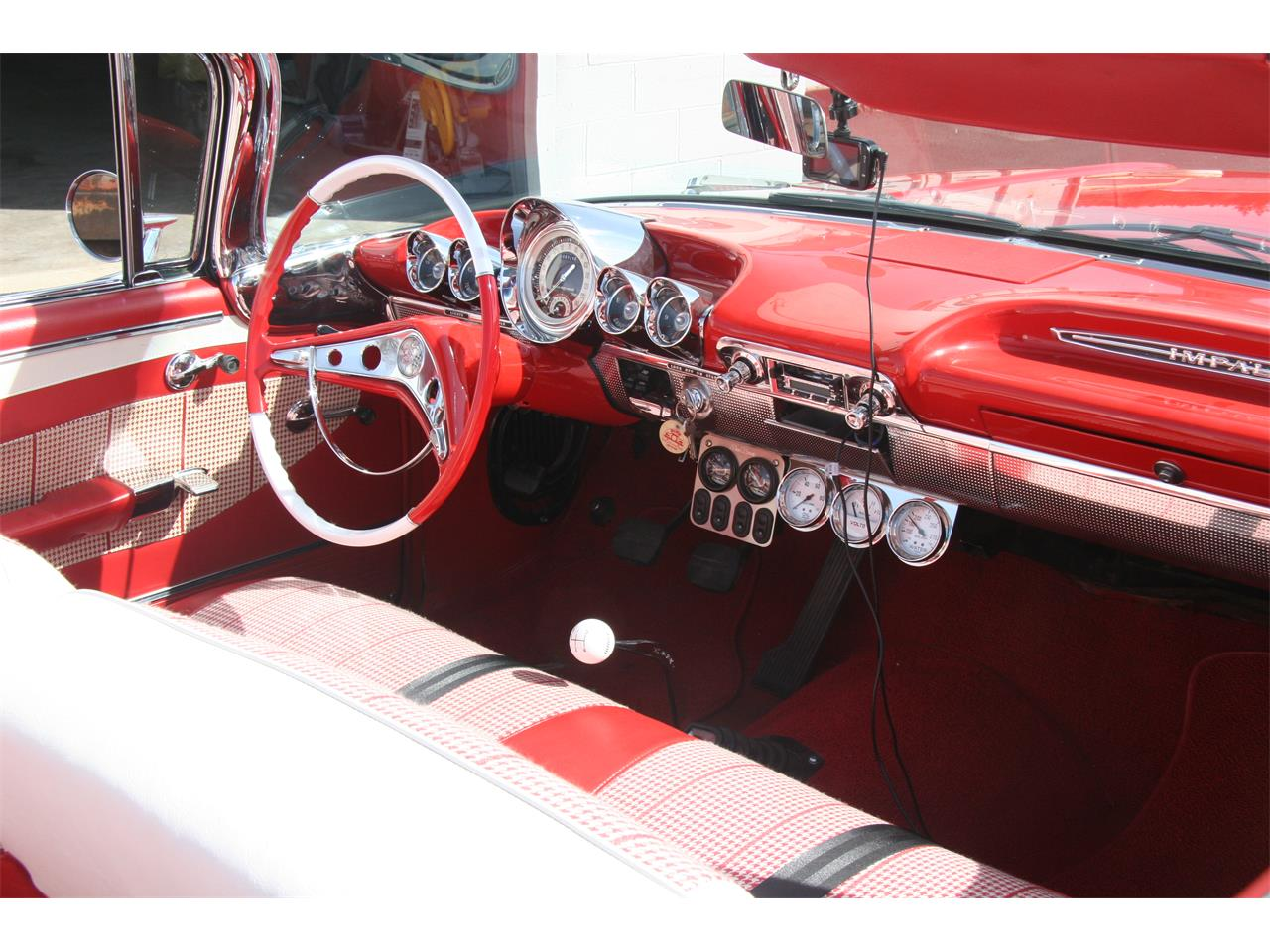 Large Picture of '60 Impala - KUE0