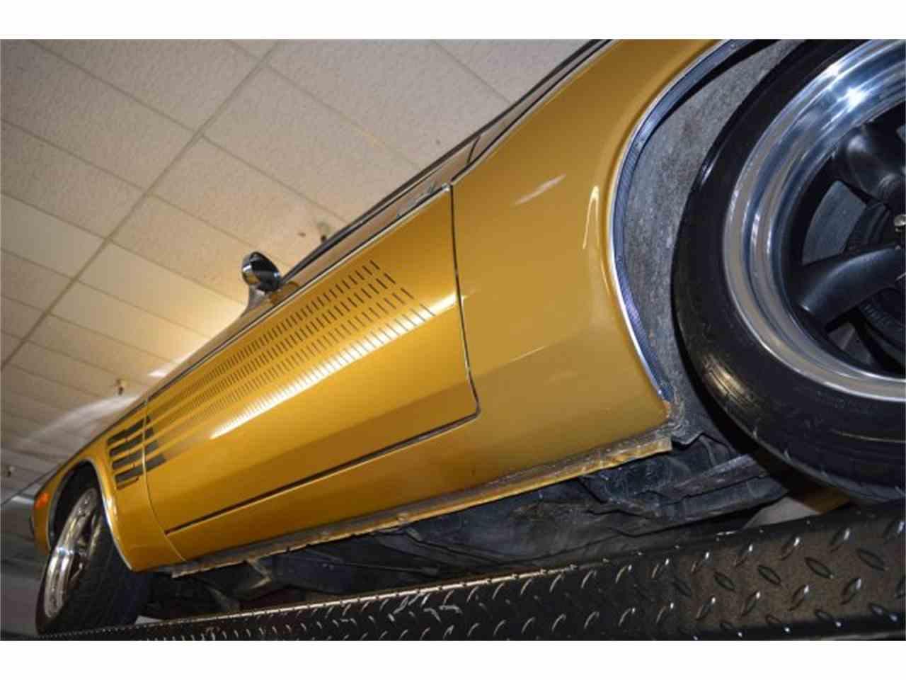 Large Picture of '72 Challenger - KV9U