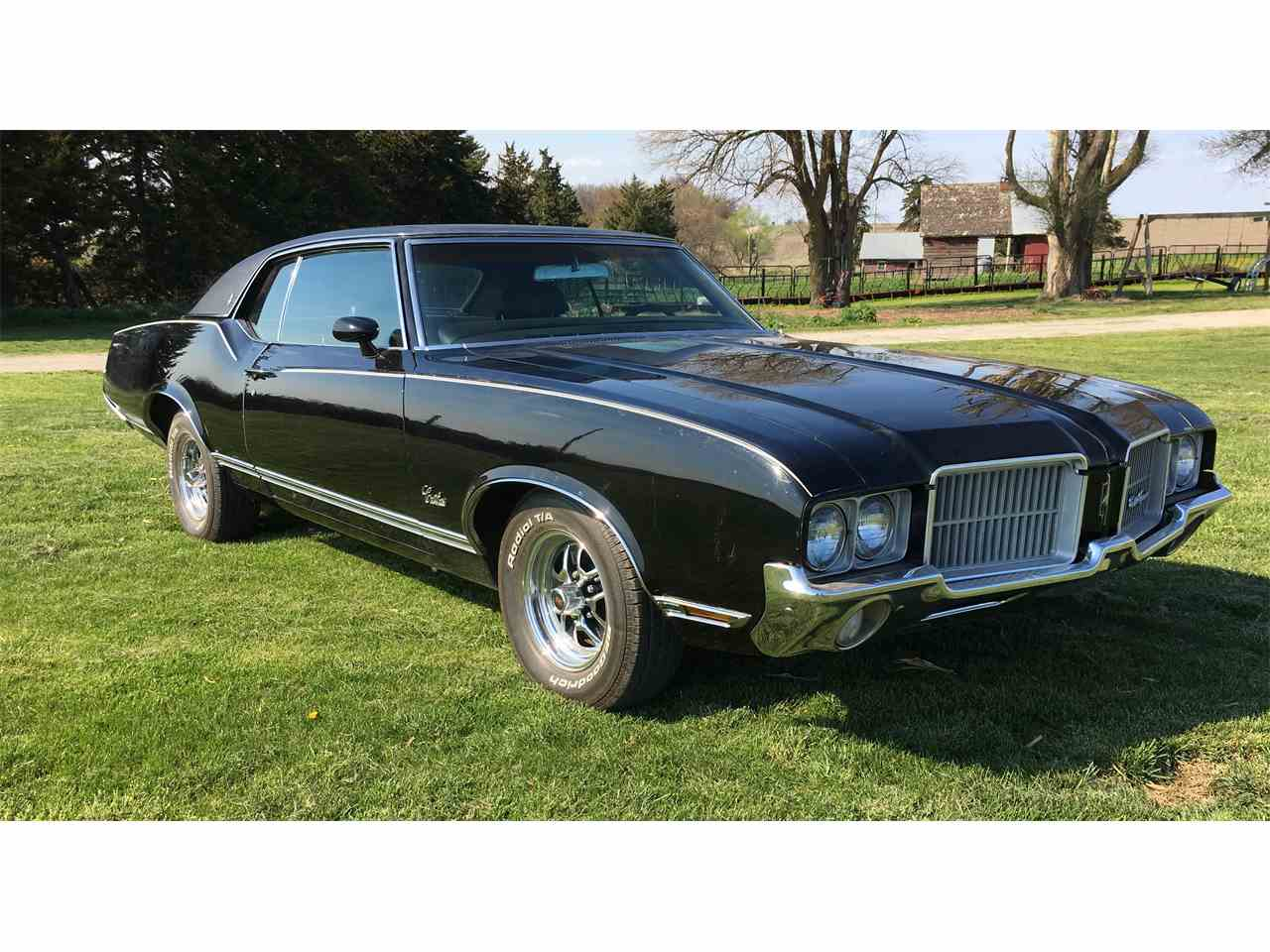 Large Picture of '71 Cutlass Supreme - KSTK