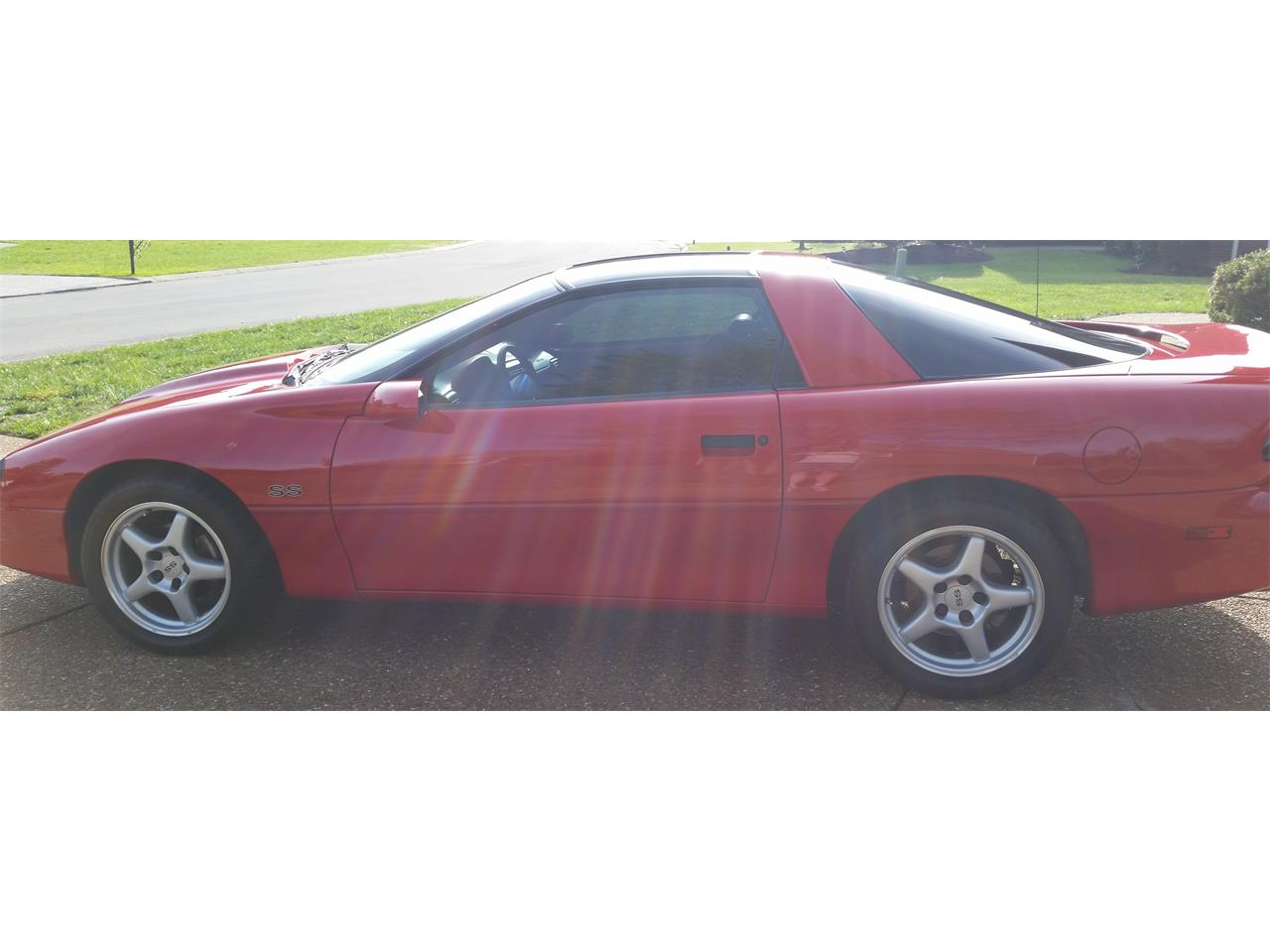 Large Picture of 1997 Chevrolet Camaro SS Z28 located in Minnesota - KW6A
