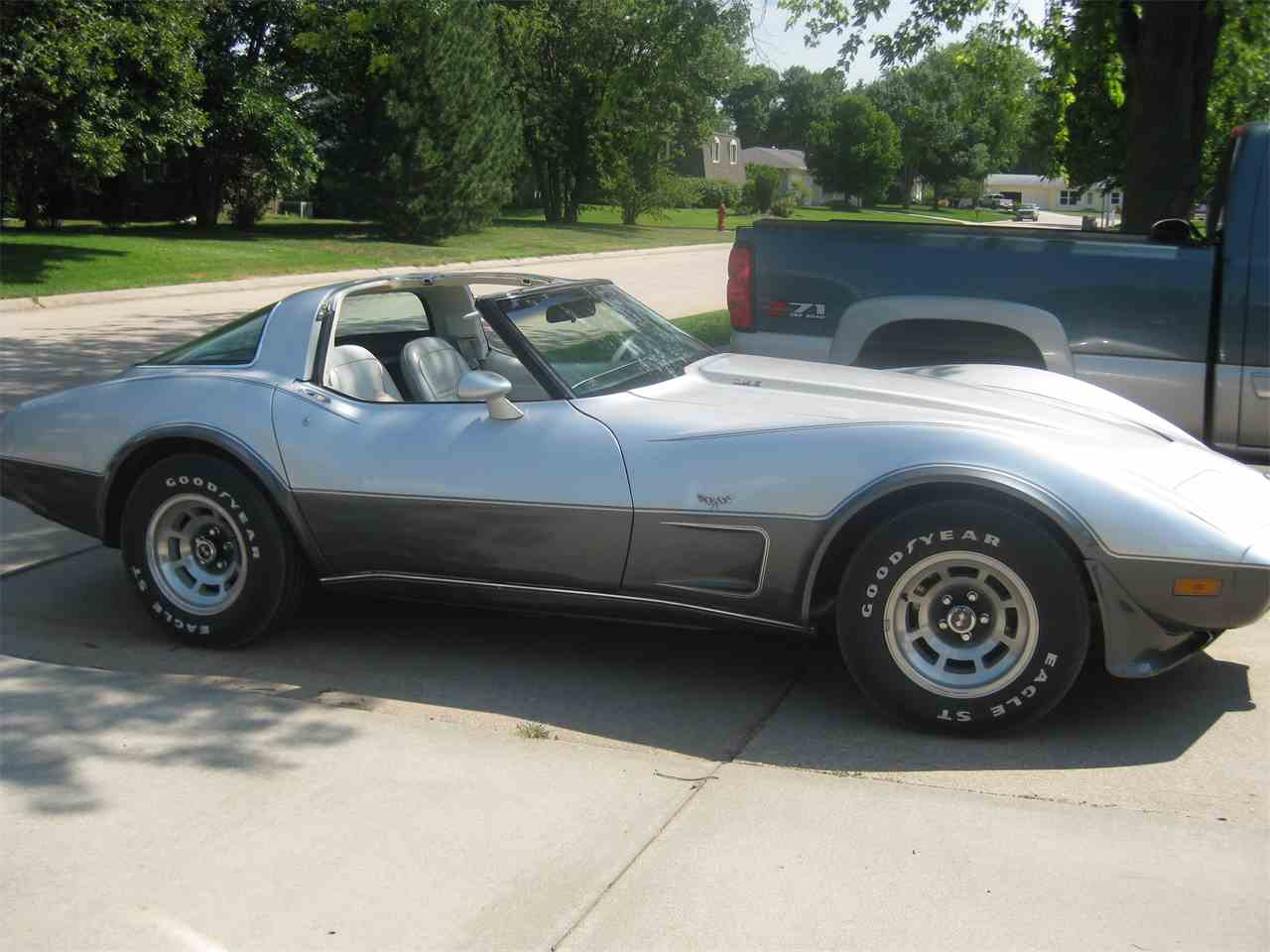 Large Picture of '78 Corvette - KWED