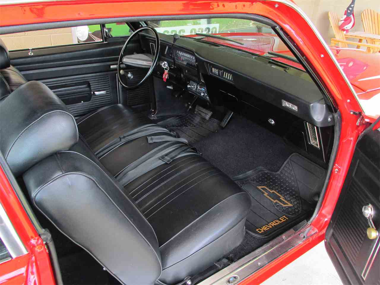Large Picture of '72 Nova - KWO8