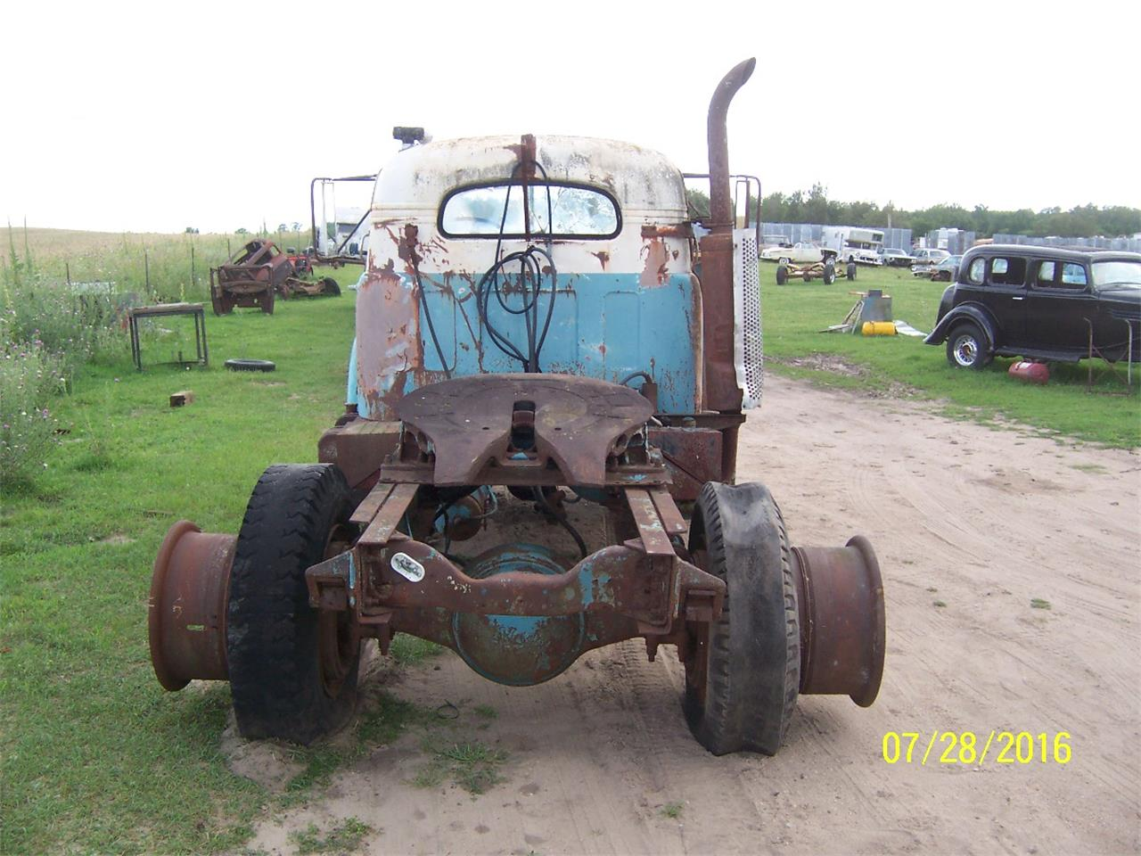 Large Picture of '57 Mack B61 Truck located in Parkers Prairie Minnesota - $2,000.00 - KWPG
