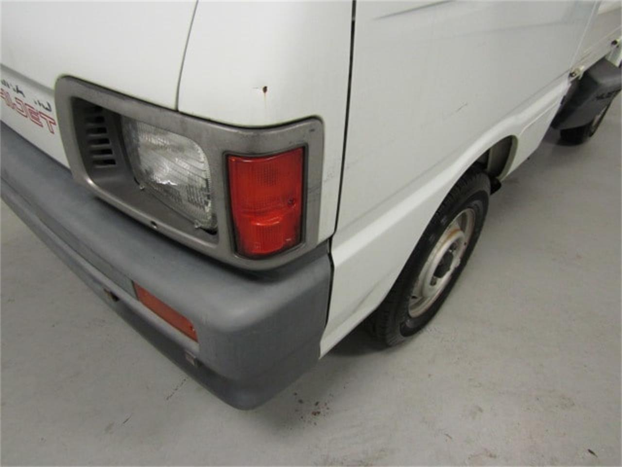Large Picture of '91 Daihatsu HiJet located in Christiansburg Virginia Offered by Duncan Imports & Classic Cars - KWUU