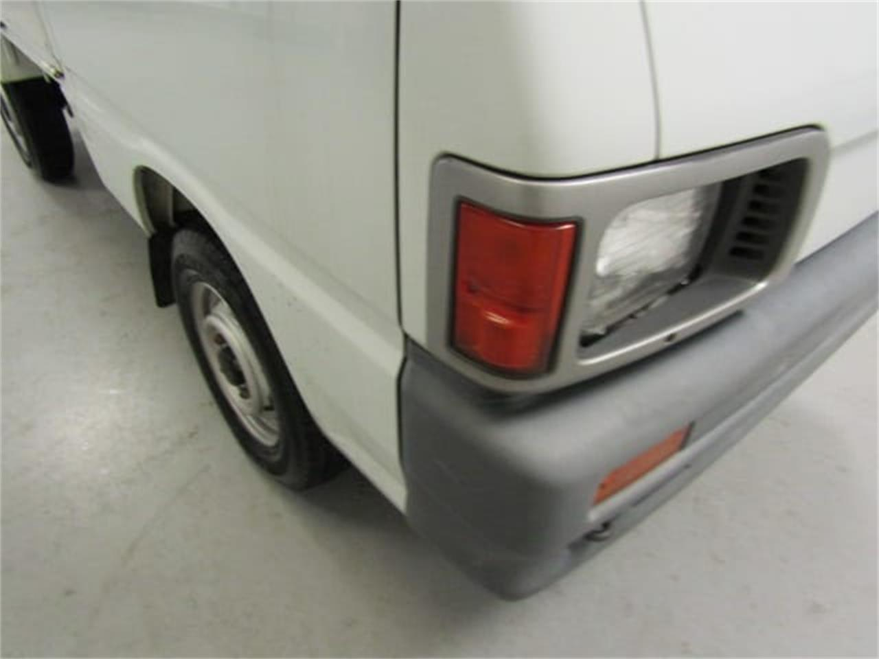 Large Picture of '91 Daihatsu HiJet located in Virginia Offered by Duncan Imports & Classic Cars - KWUU