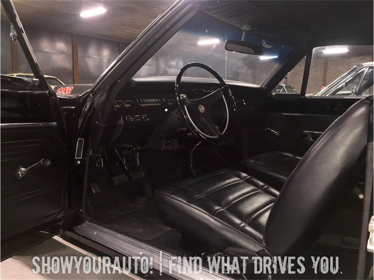 Large Picture of '69 Road Runner - KWY6