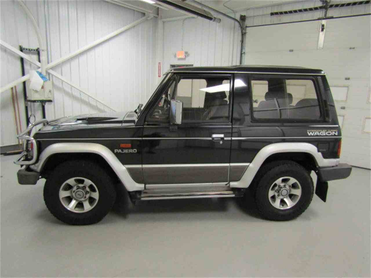 Large Picture of '90 Pajero - KXIX