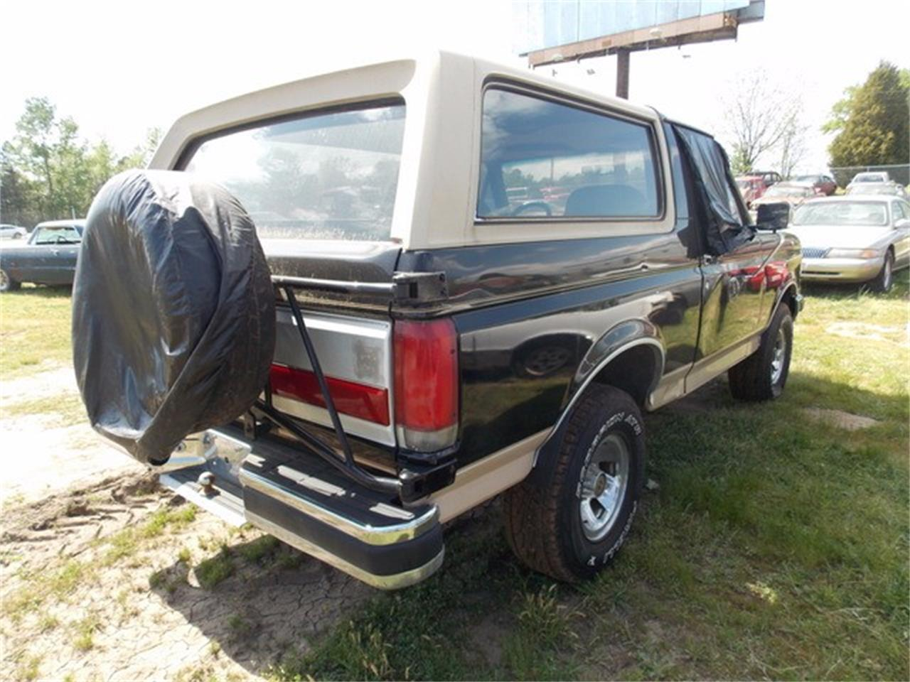 Large Picture of '90 Ford Bronco located in Gray Court South Carolina - KXJP