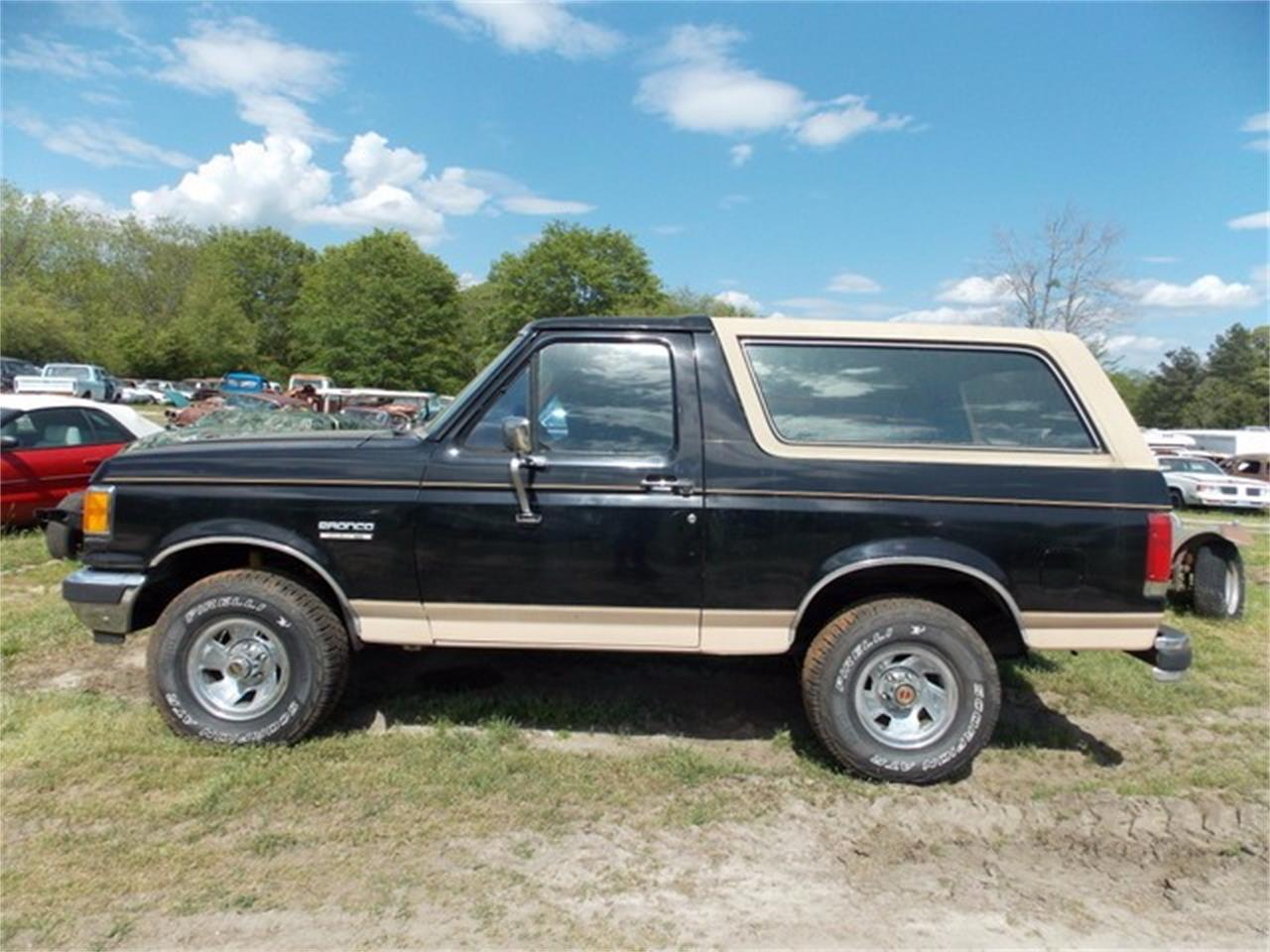 Large Picture of '90 Bronco located in Gray Court South Carolina - KXJP