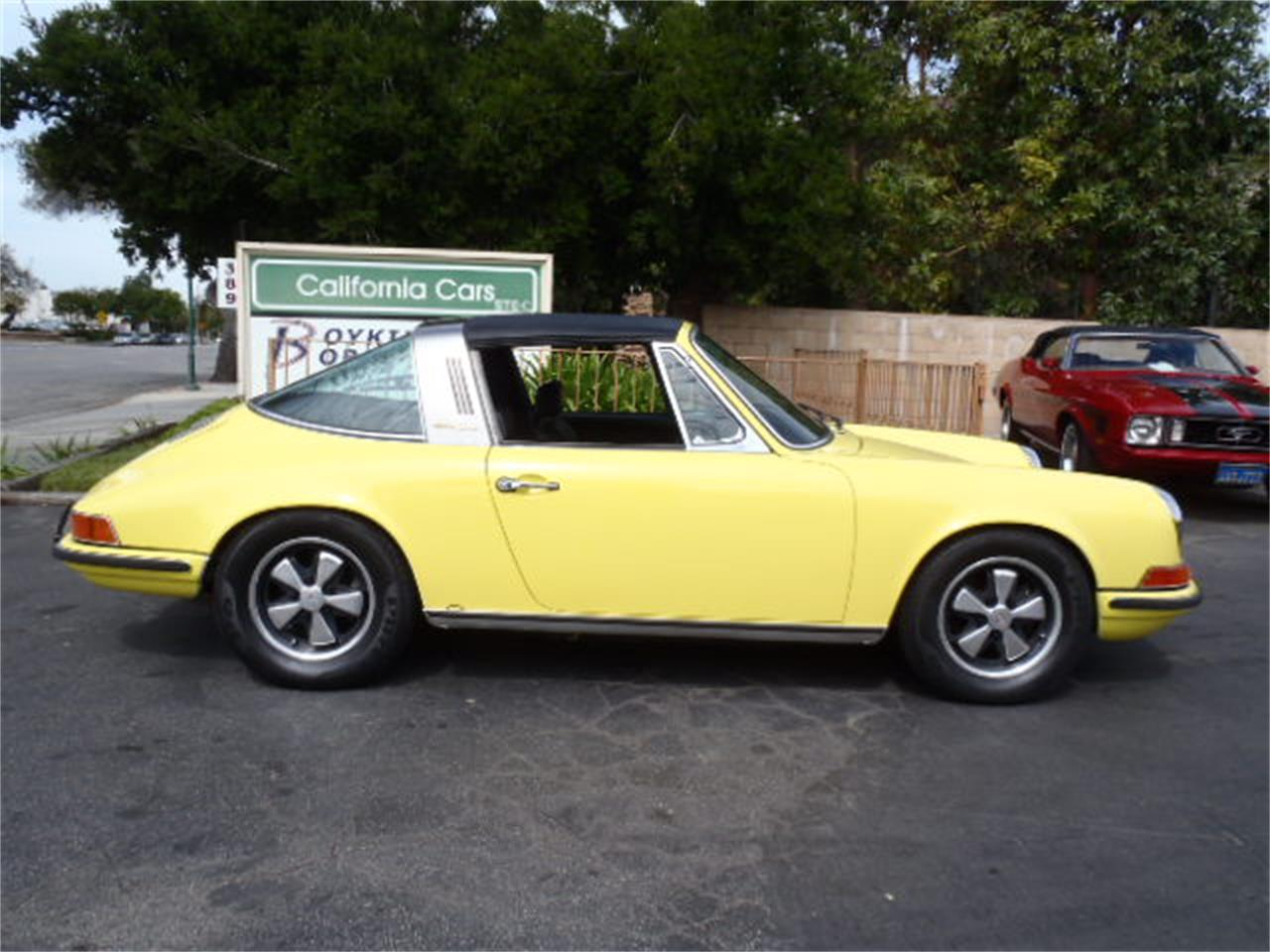 Large Picture of Classic 1970 911 located in Thousand Oaks California - $52,900.00 Offered by California Cars - KXO5