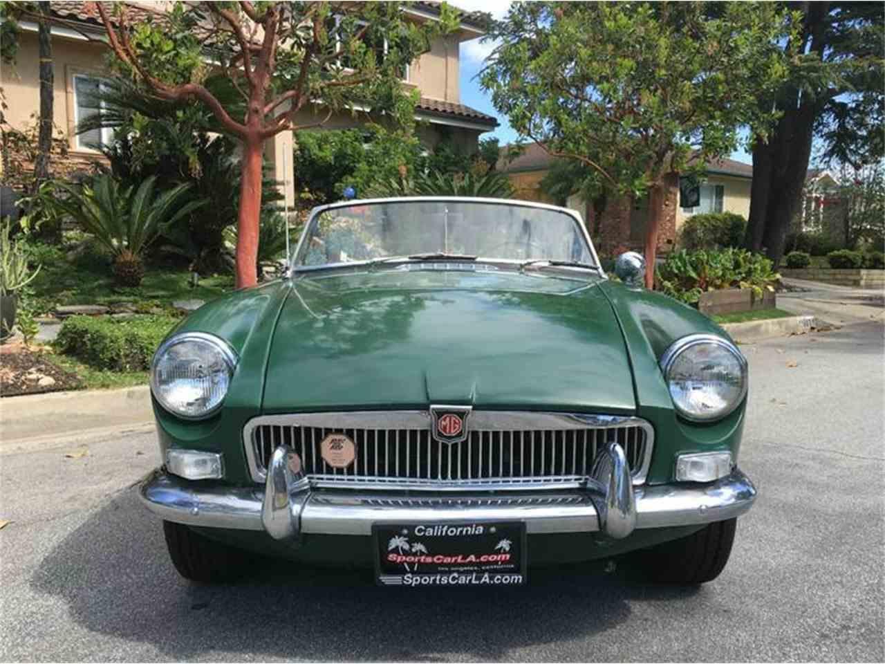 1967 MG MGB for Sale | ClassicCars.com | CC-976779