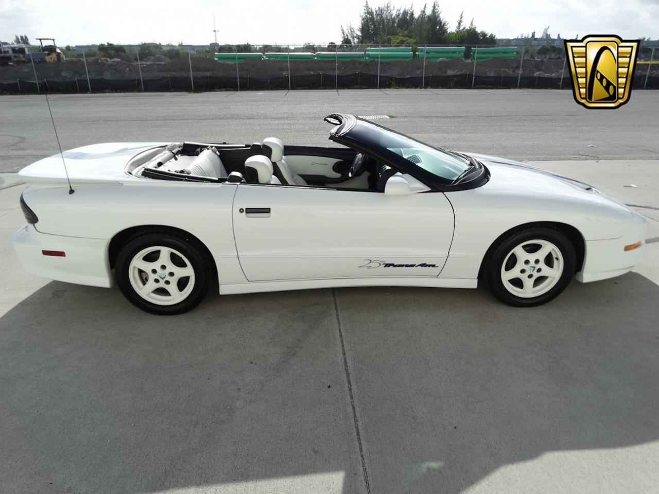 Large Picture of '94 Pontiac Firebird located in Florida - $22,595.00 Offered by Gateway Classic Cars - Fort Lauderdale - KXRF