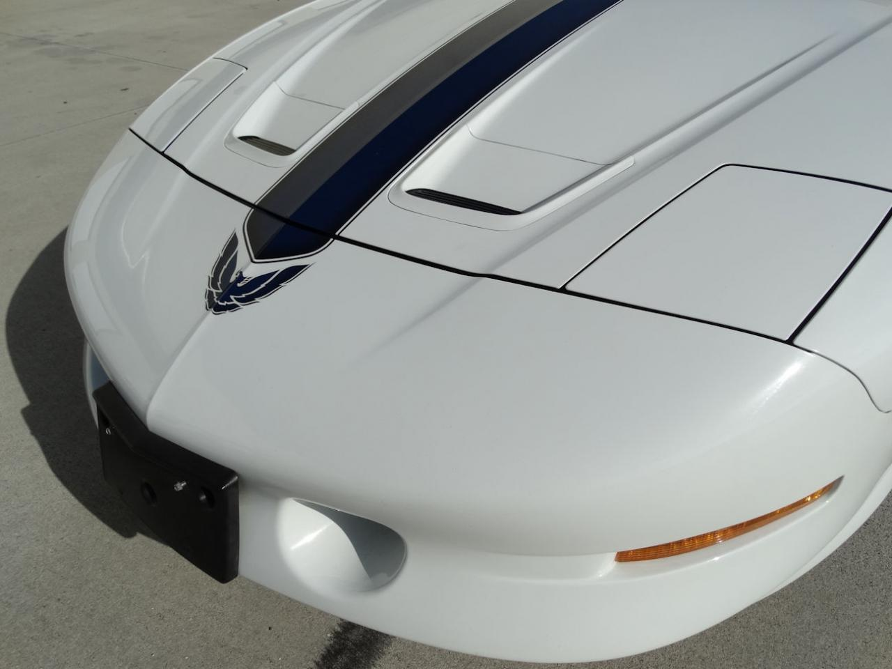 Large Picture of 1994 Pontiac Firebird located in Florida - $22,595.00 - KXRF