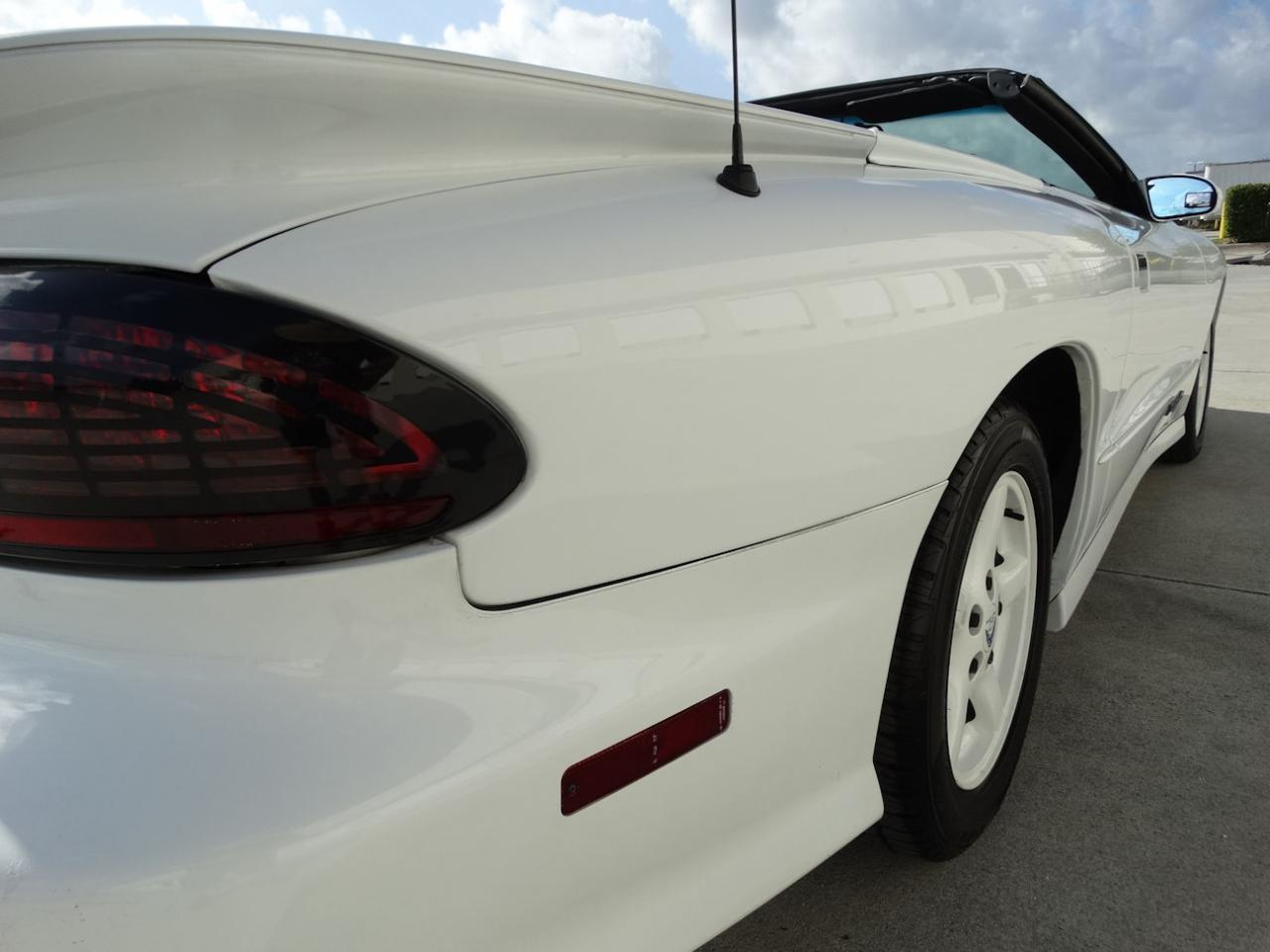 Large Picture of '94 Firebird - KXRF