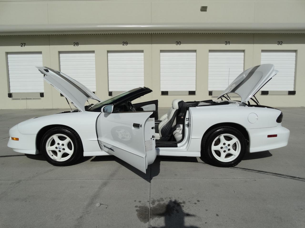 Large Picture of 1994 Pontiac Firebird Offered by Gateway Classic Cars - Fort Lauderdale - KXRF