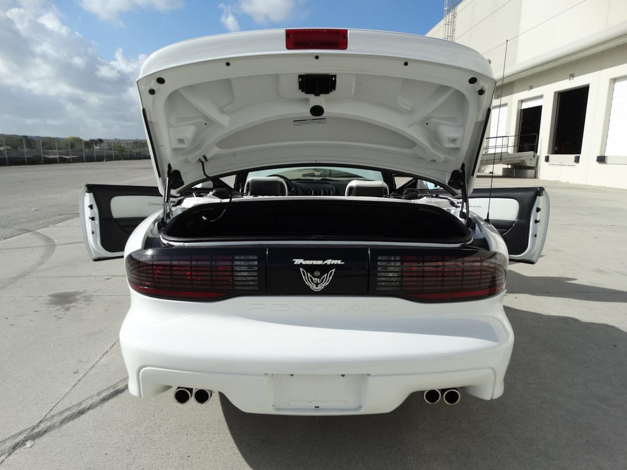 Large Picture of '94 Firebird located in Florida Offered by Gateway Classic Cars - Fort Lauderdale - KXRF