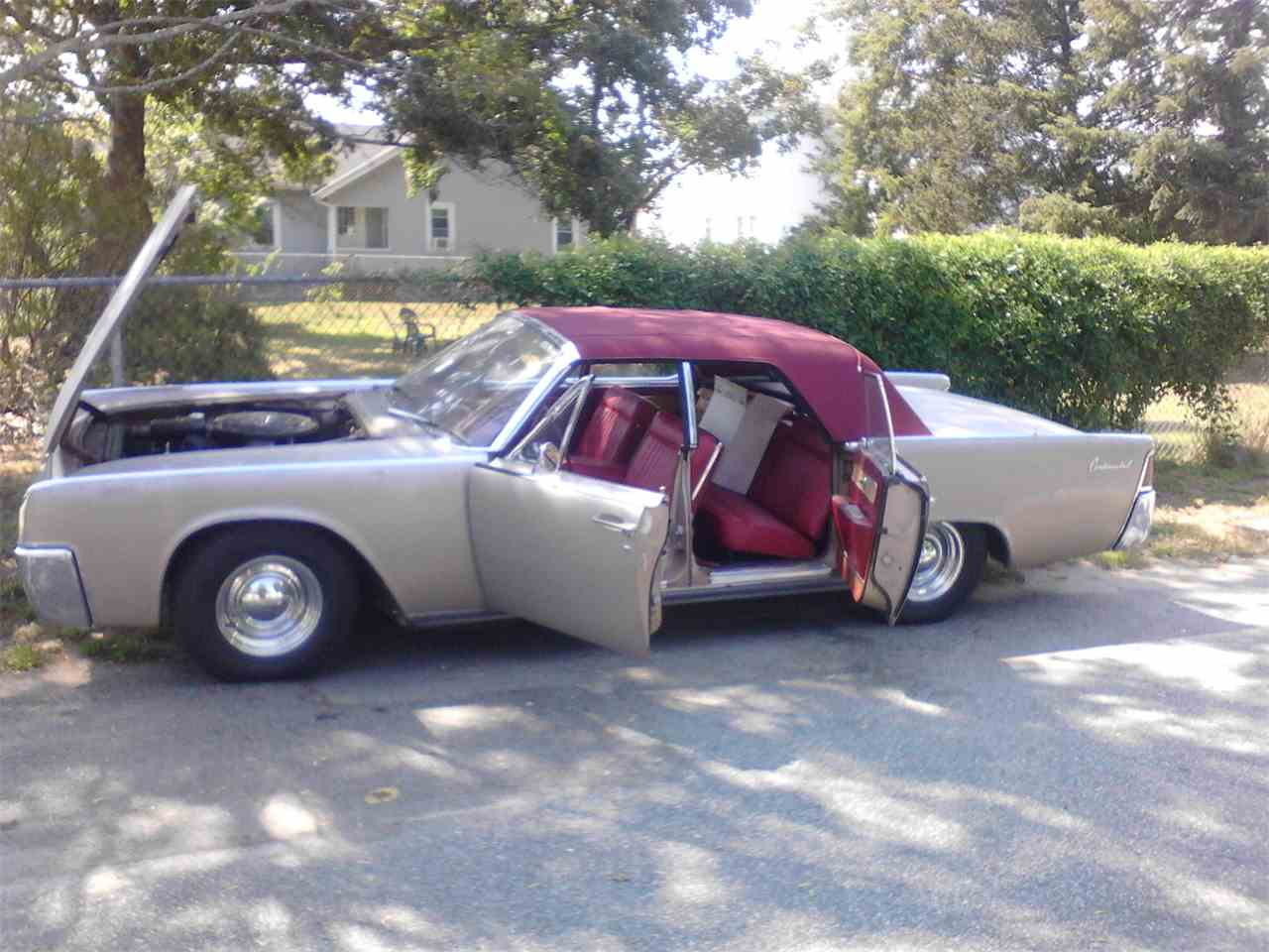 Large Picture of '61 Continental - KY2A