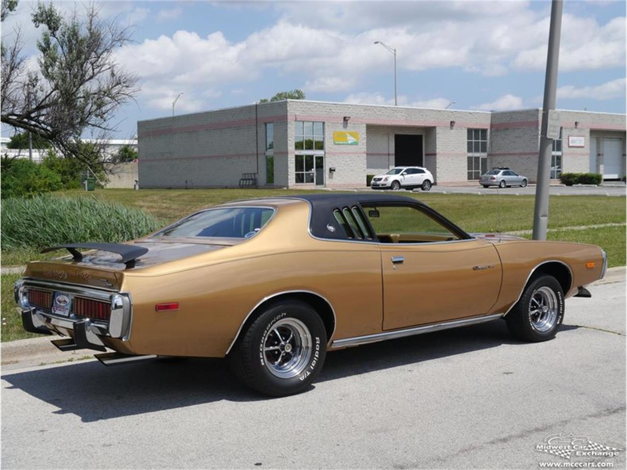 Large Picture of 1973 Dodge Charger located in Illinois Offered by Midwest Car Exchange - KY4G