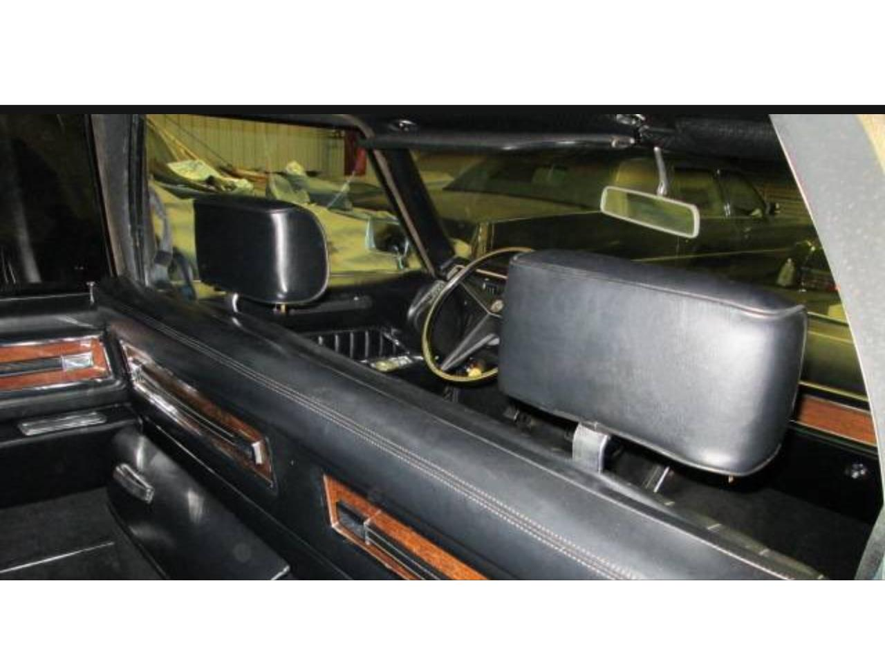 Large Picture of '69 Fleetwood limousine  - KY6V