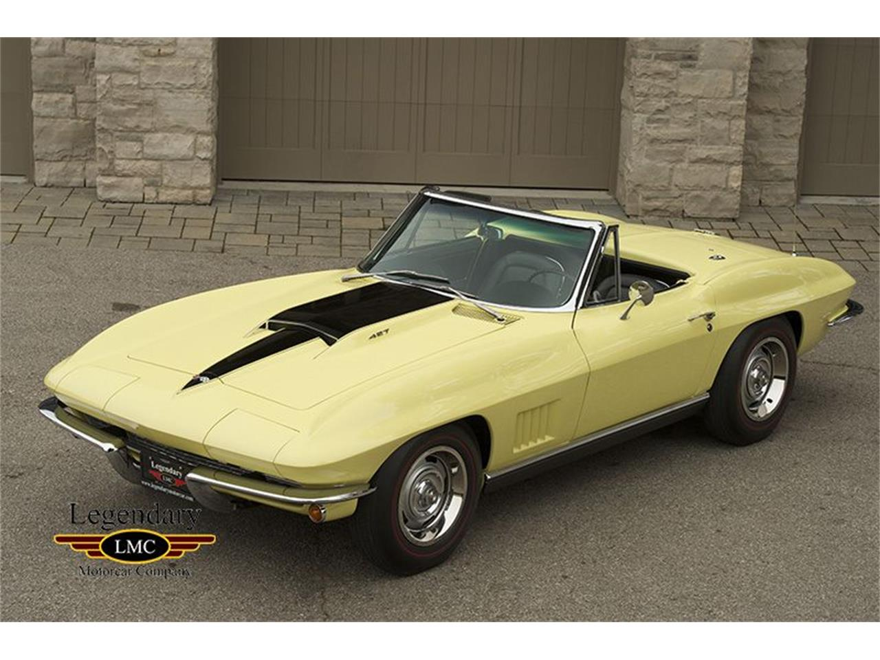 Large Picture of Classic '67 Corvette located in Halton Hills Ontario - KYAL