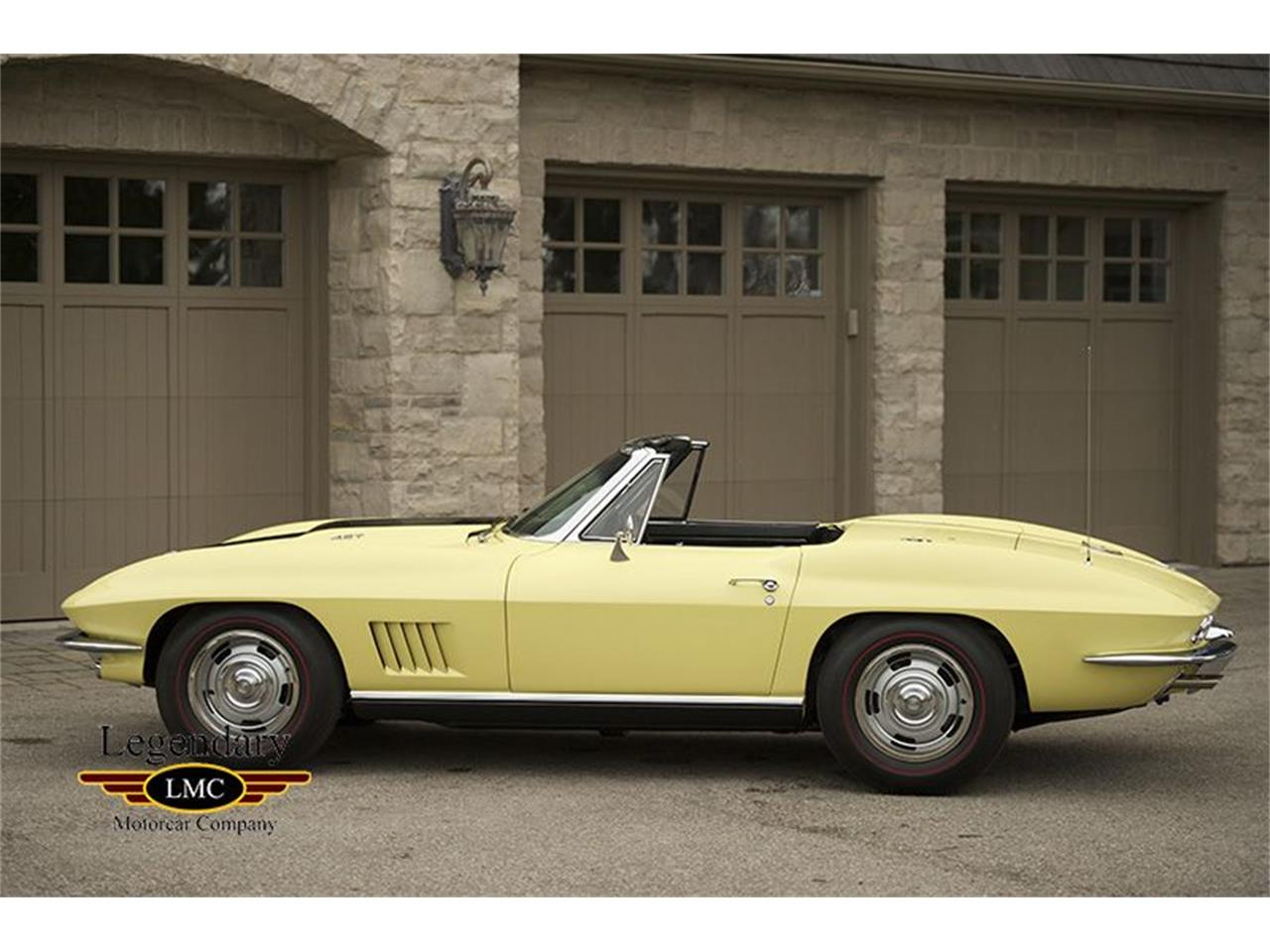 Large Picture of Classic '67 Corvette - KYAL