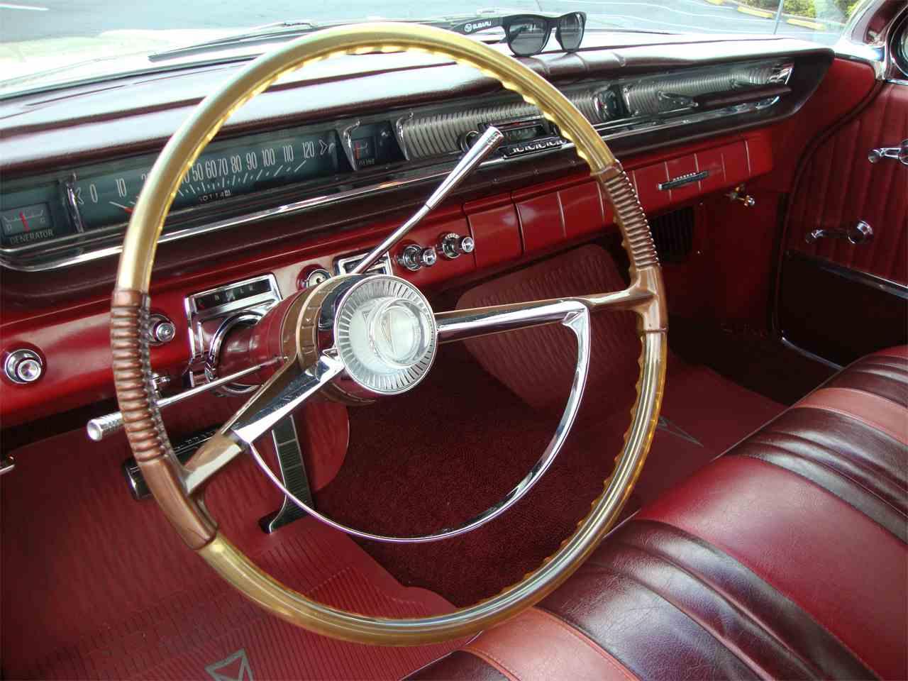 Large Picture of '61 Bonneville - KYCM