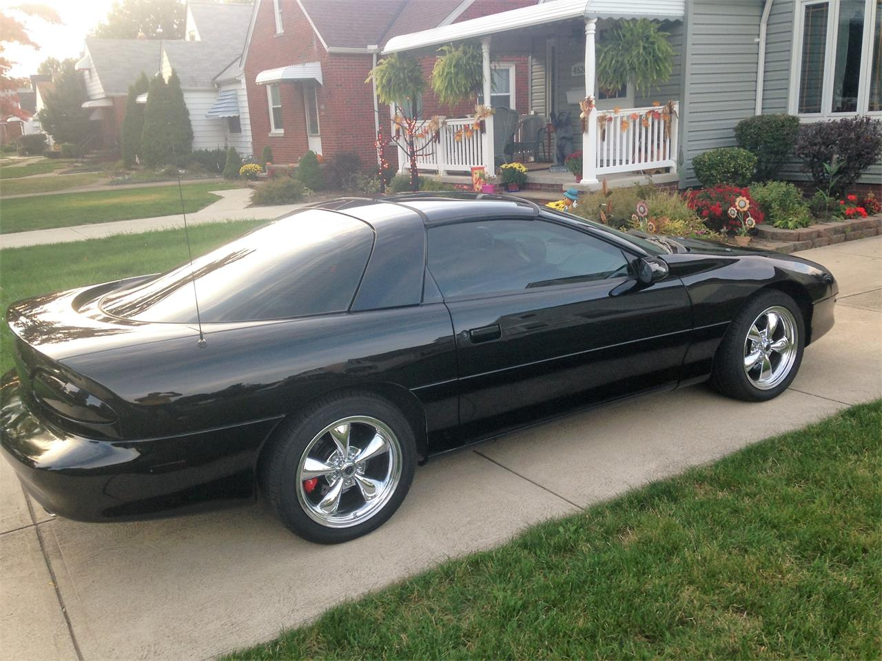 Large Picture of '94 Chevrolet Camaro Z28 - KYI2