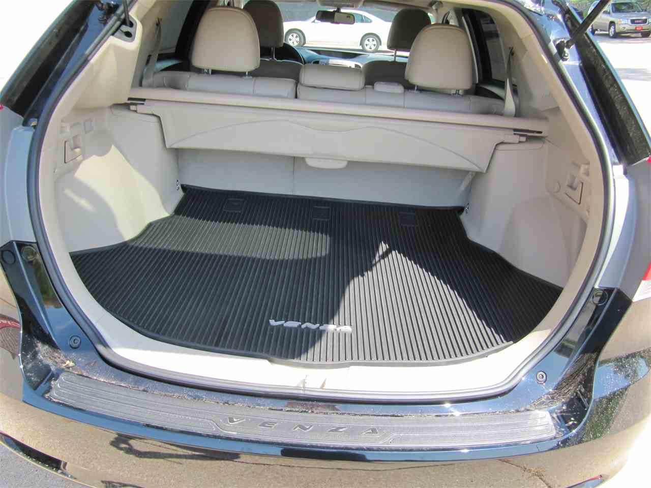Large Picture of '13 Venza Offered by Classic Auto Sales - KYK2