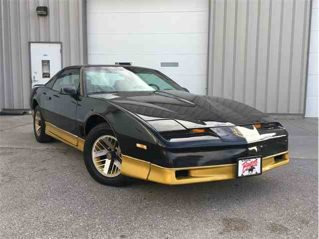 Picture of '84 Pontiac Firebird Trans Am located in Nebraska Offered by  - KYPV