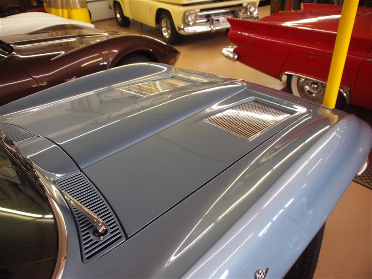 Large Picture of '63 Chevrolet Corvette - KYTH