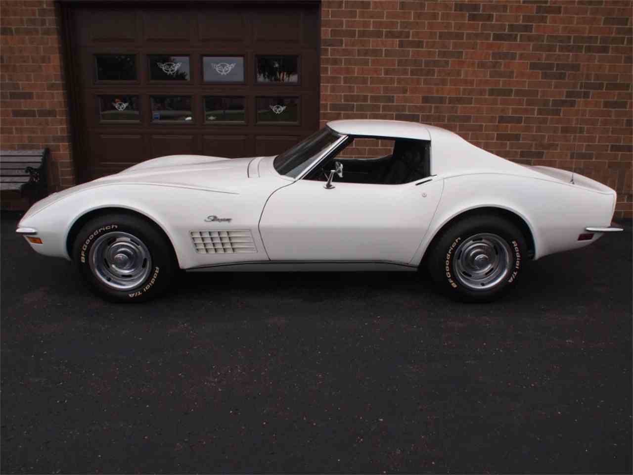Large Picture of '72 Corvette - KYTP