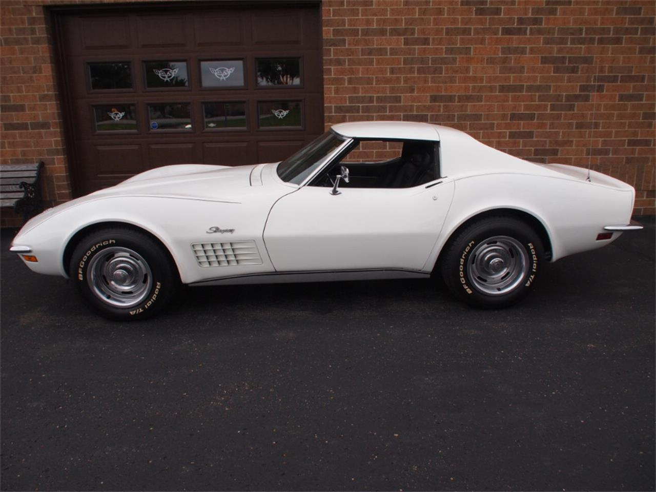 Large Picture of Classic 1972 Chevrolet Corvette Offered by Ohio Corvettes and Muscle Cars - KYTP