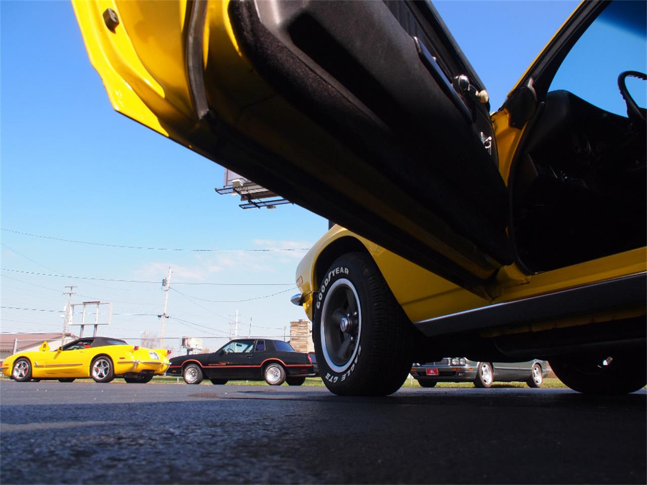 Large Picture of Classic '71 Camaro located in North Canton Ohio - KYTQ