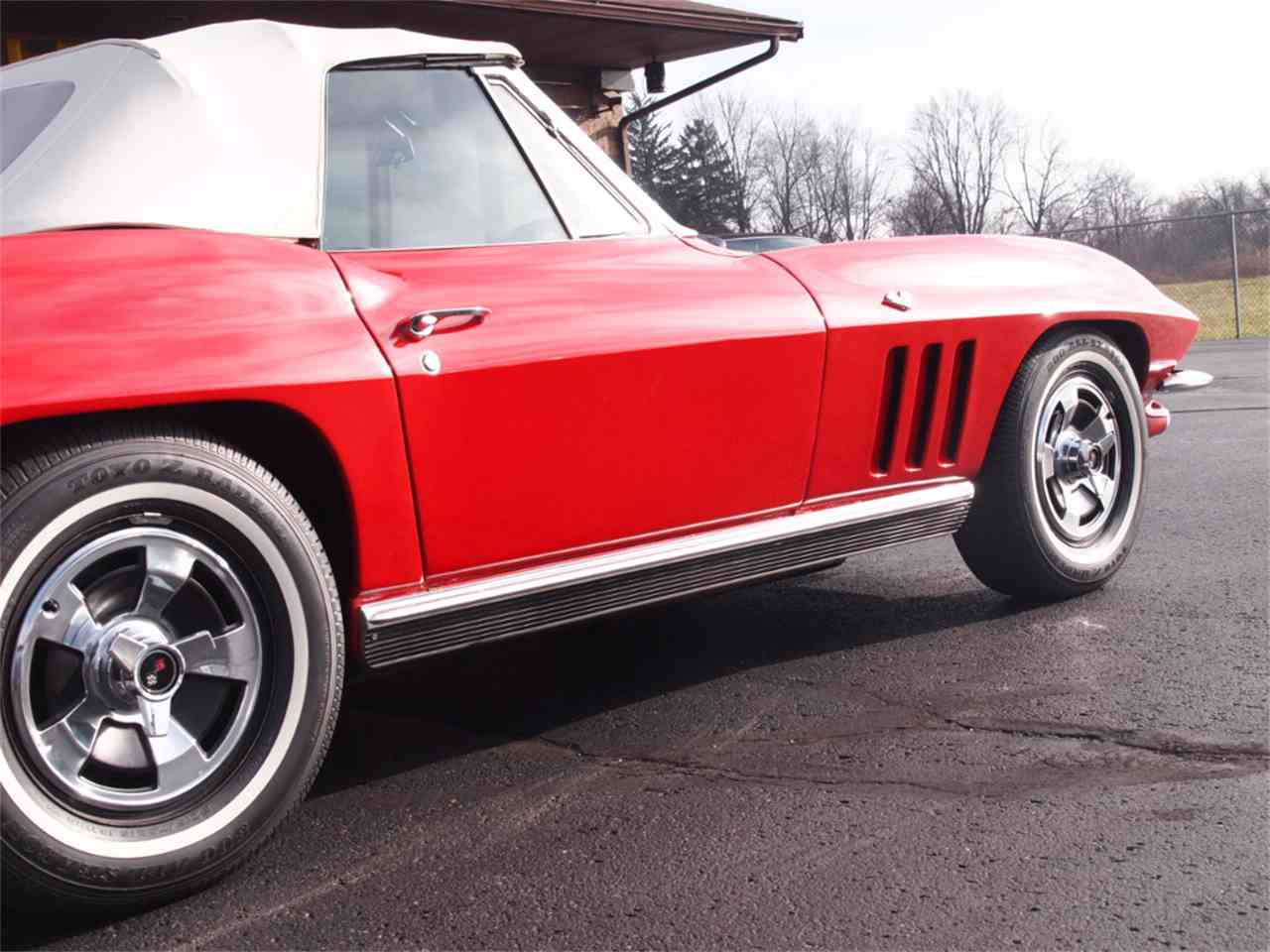 Large Picture of '66 Corvette - KYUD