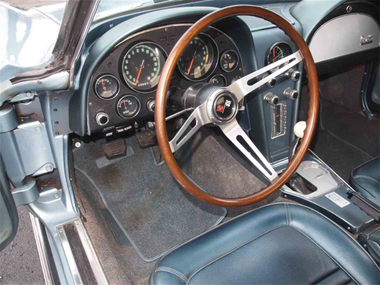 Large Picture of '67 Corvette - KYUX