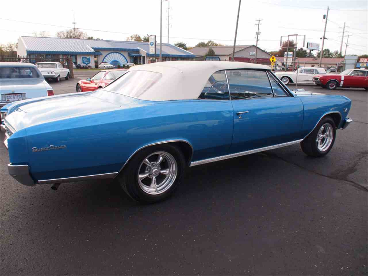 Large Picture of '66 Chevelle - KYV1