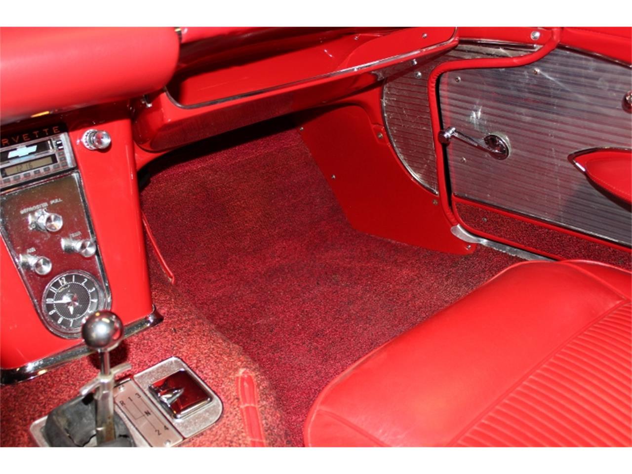 Large Picture of Classic 1961 Chevrolet Corvette - KT5Z